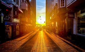 Gud Morning Wallpaper_Bursting Sunshine through Street